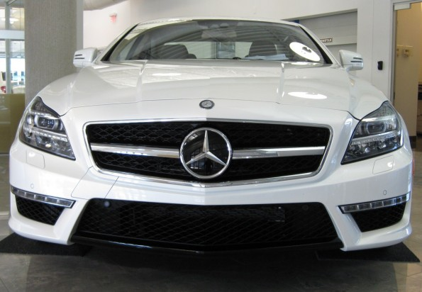 2012 CLS63 front diffuser