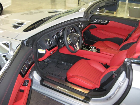 Mercedes-Benz SL550 red leather