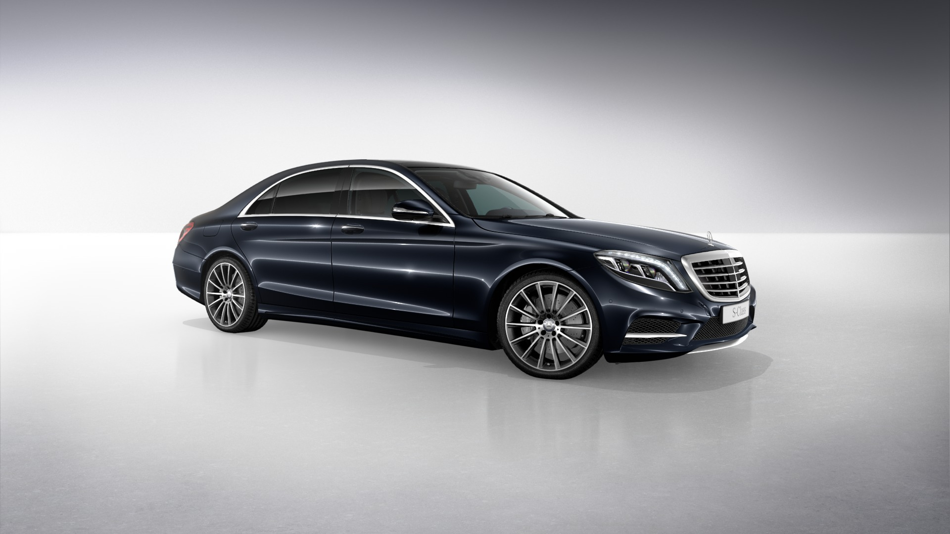 Benzblogger Blog Archiv New 2014 Mercedes Benz S Class Pictures Anthracite Blue Ruby Black Diamond Silver And Verde Brook