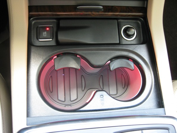 GL heated/cooled cup holders