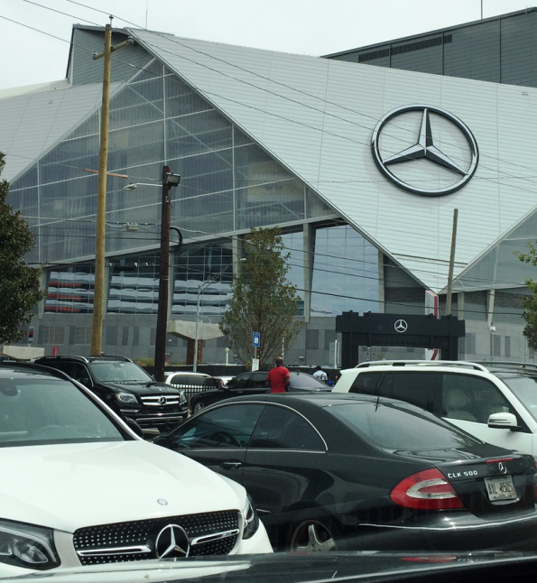Mercedes-Benz Parking